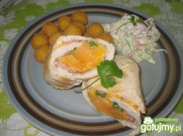 Roladki z melonem,szynką i serem cheddar