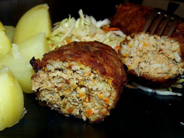 Roladki z mielonego z ryżem i marchewką