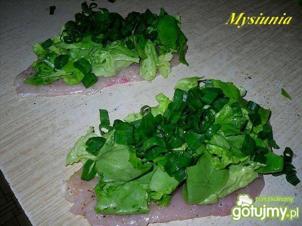 Roladki z sałatą i ze szczypiorkiem