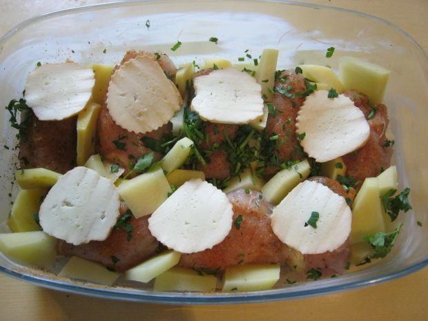 Roladki zapieczone w sosie z oscypkiem