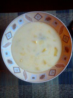 Rozgrzewająca zupa czosnkowa
