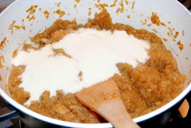 Rustykalny tort jabłkowy