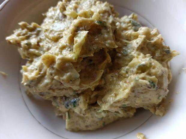 Rwany chlebek z masłem ziołowym