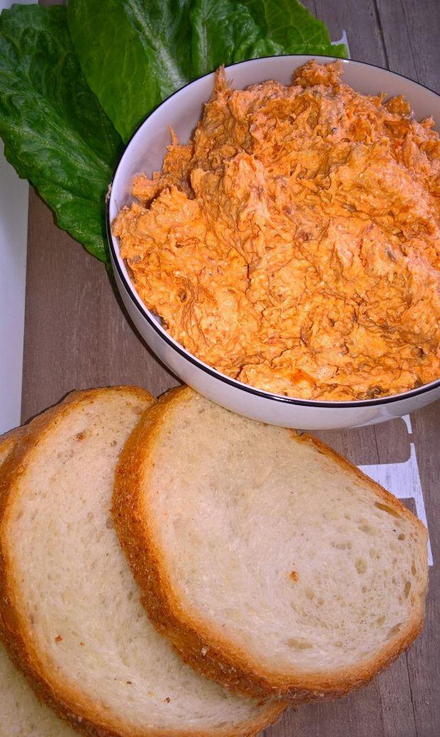 Rybna pasta kanapkowa