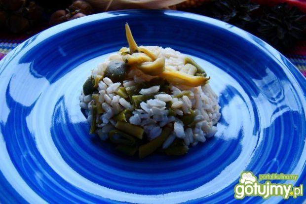 Ryż brązowy z fasolką szparagową