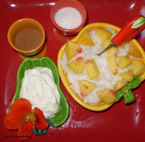 Ryż na mleku z cynamonem i brzoskwinią :