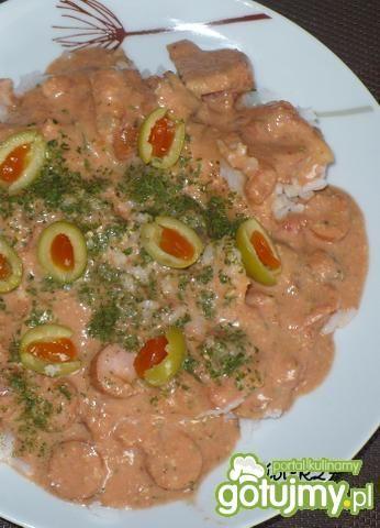 Ryż na pomidorowo z oliwkami