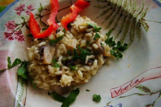 Ryż z grzybami na białym winie