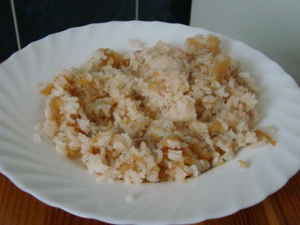 Ryż z jabłkami i nutką wanilii