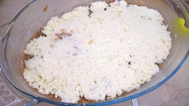 Ryż z jabłkami pod śmietanową pierzynką
