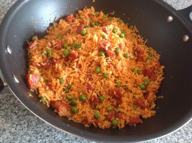 Ryż z kiełbasą chorizo