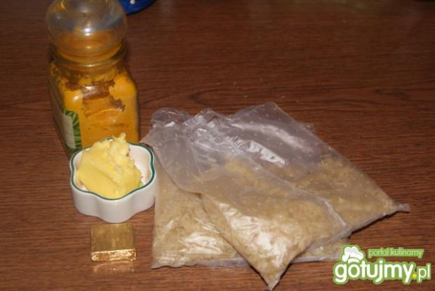 Ryż z kurkumą :