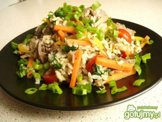 Ryż z wątróbką i warzywami