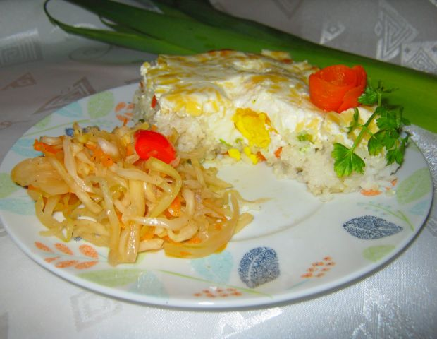 Ryż zapiekany z warzywami i niespodzianką