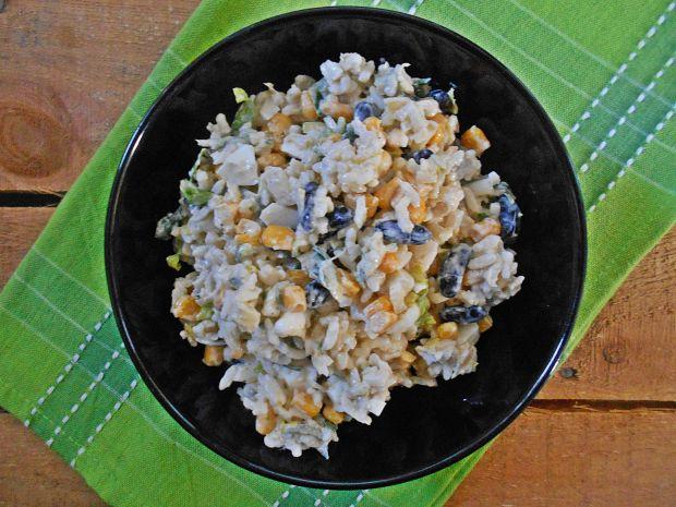 Ryżowa sałatka z ogórkiem