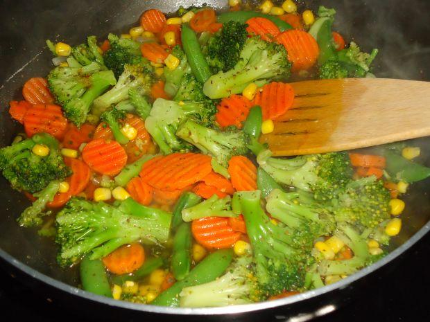 Ryżowa zapiekanka z kurczakiem,curry i warzywami