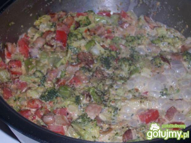 Ryżowy misz-masz z warzywami i boczkiem