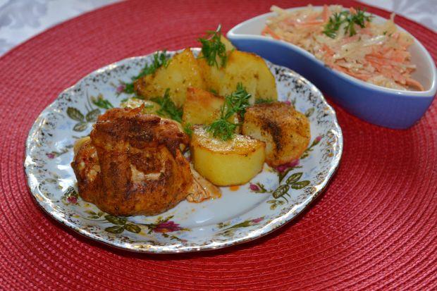 Sakiewki schabowe z pieczarkami i serem