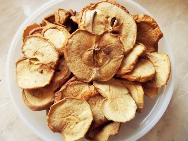 Sakiewki z suszonymi jabłkami i leśnymi grzybami