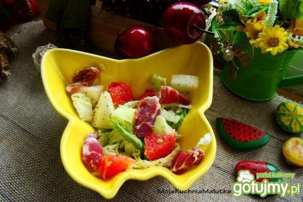 Sałata melonowo-grajpfrutowa