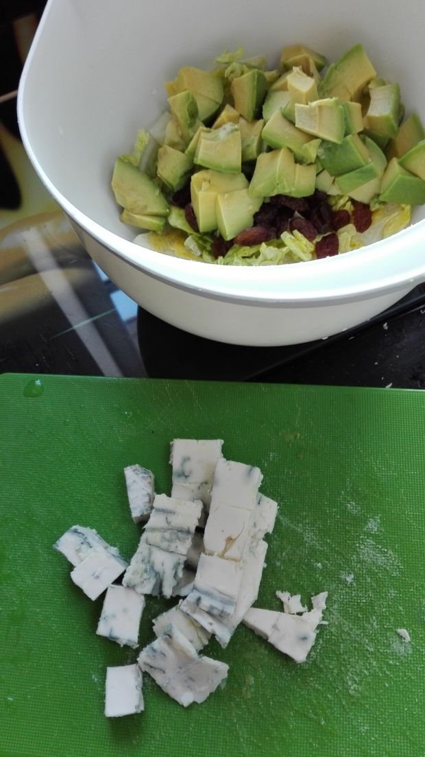 Sałatka 11 Avocado-ser pleśniowy Dieta 1200 kalori
