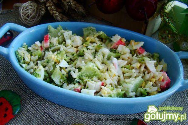 Sałatka brokułowo ryżowa