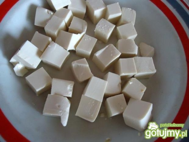 Sałatka grecka z tofu