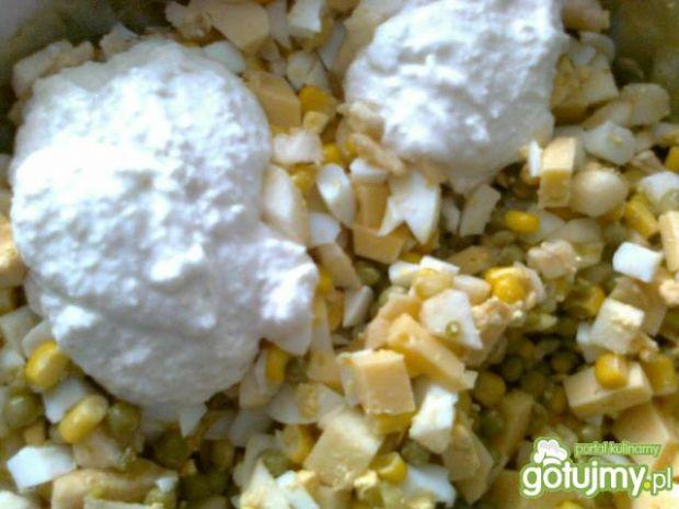sałatka jajeczno-chrzanowa wg Zabecki