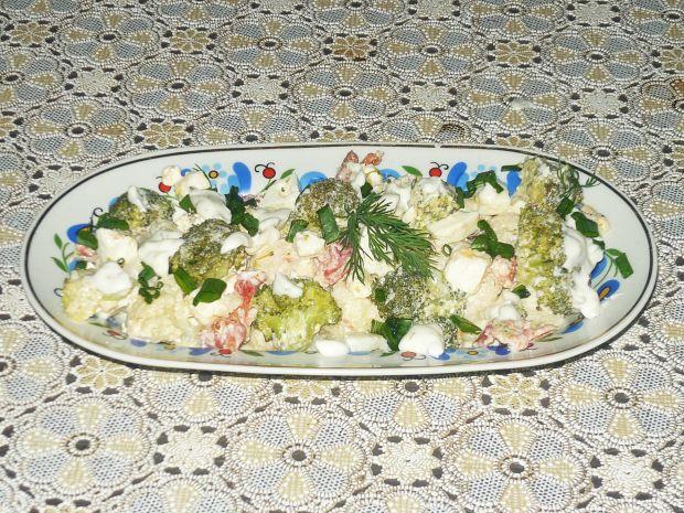 Sałatka kalafiorowo- brokułowa