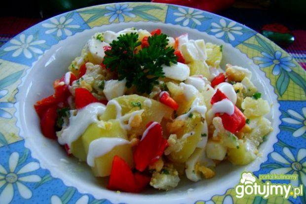 Sałatka kalafiorowo-ziemniaczana