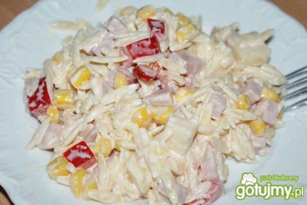 Sałatka makaron-ryż