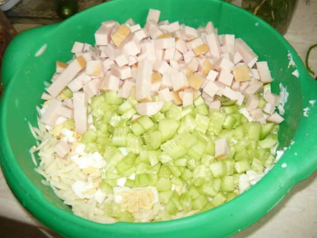 Sałatka makaronowa