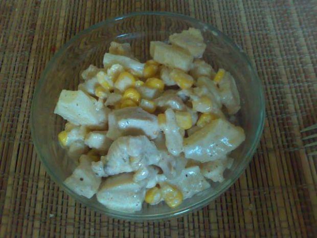 Sałatka na slodko z kurczaka