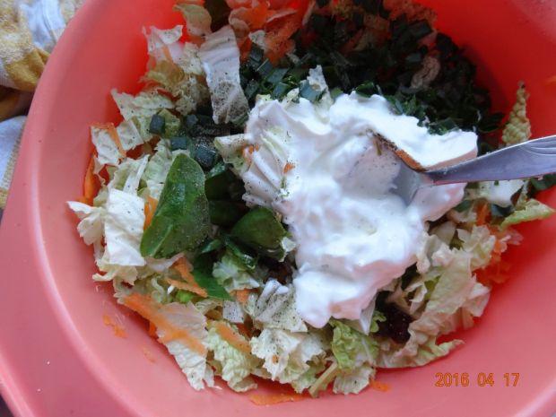 Sałatka obiadowa z róznościami