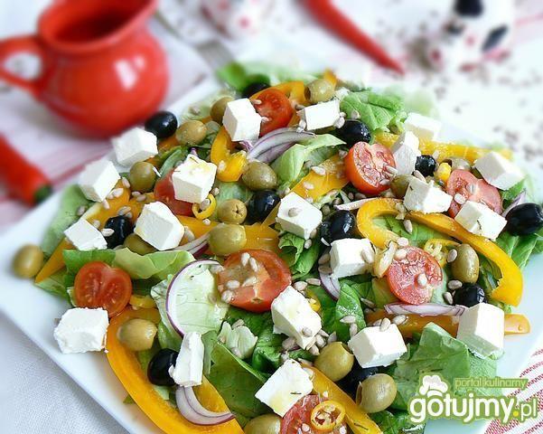 Sałatka oliwkowy raj ze słonecznikiem
