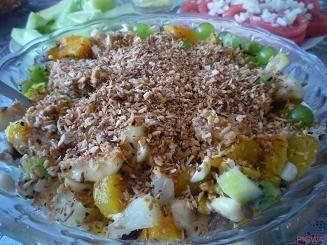 Sałatka owocowa z wiórkami kokosowymi