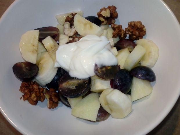 Sałatka owocowa z wnogronem