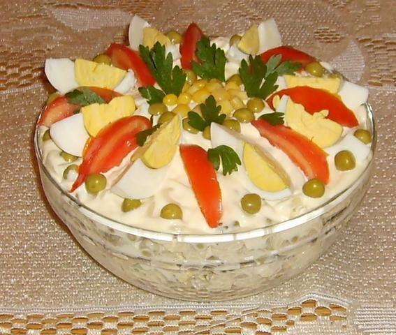 Sałatka pieczarkowa z makaronem