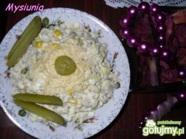 Sałatka pieczarkowo - serowa
