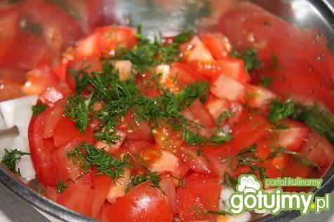 Sałatka pomidorowa w śmietanie