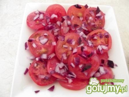 Sałatka pomidorowa z dressingiem harissa