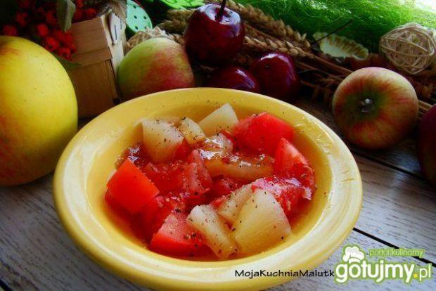 Sałatka pomidorowo-ananasowa