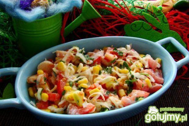 Sałatka pomidorowo-porowa z sosem