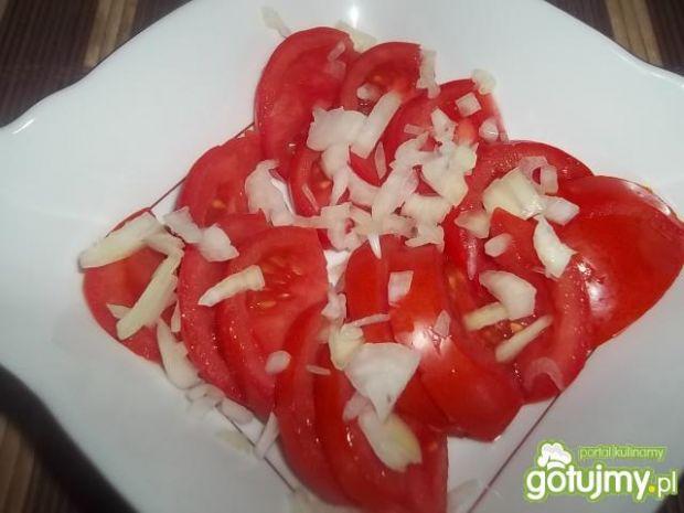 Sałatka pomidorowo-serowa
