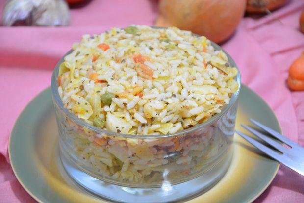 Sałatka ryżowa na ciepło
