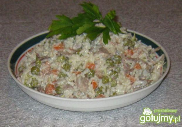 Sałatka ryżowa na kolację