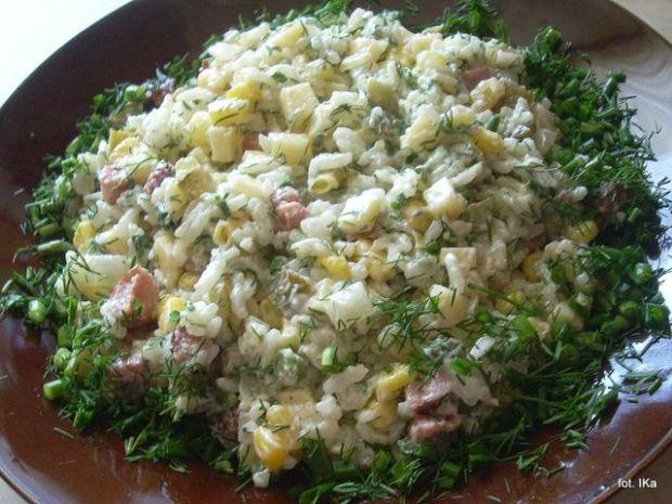 Sałatka ryżowa Pyzy
