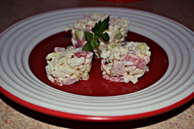 Sałatka ryżowa z kalafiorem,szynką i serem