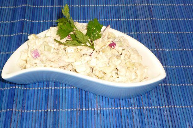 Sałatka ryżowa z pieczarkami i tuńczykiem