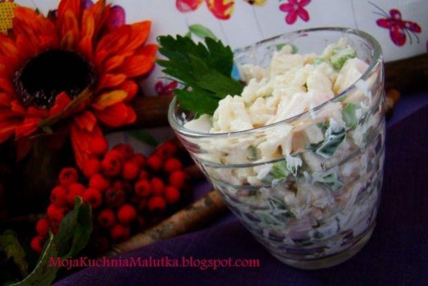 Sałatka ryżowa z selerem naciowym